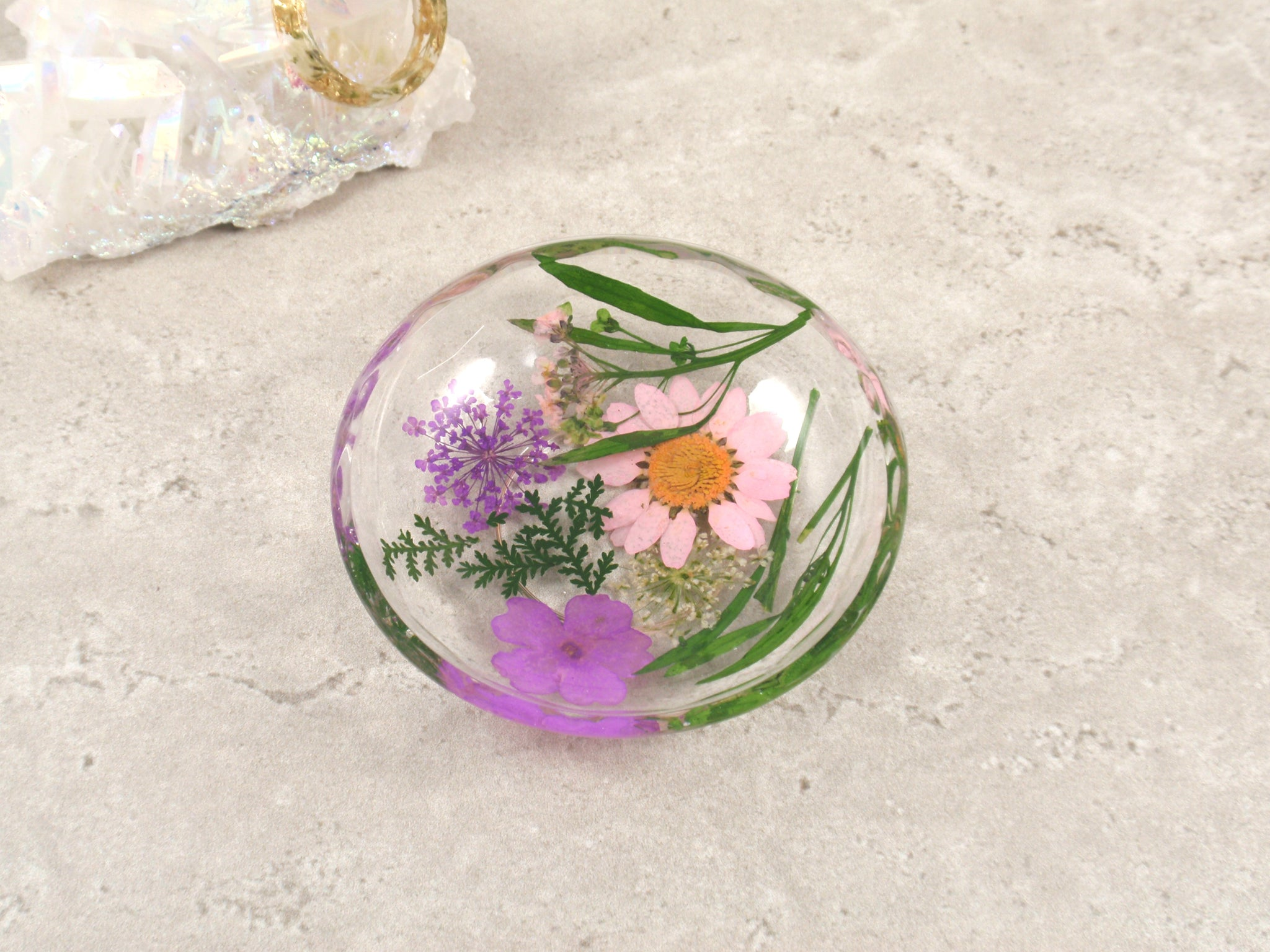 Real flower ring dish