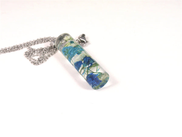 Terrarium Necklace, Blue flower Resin Necklace, Real Pressed Flowers, Botanical Jewelry