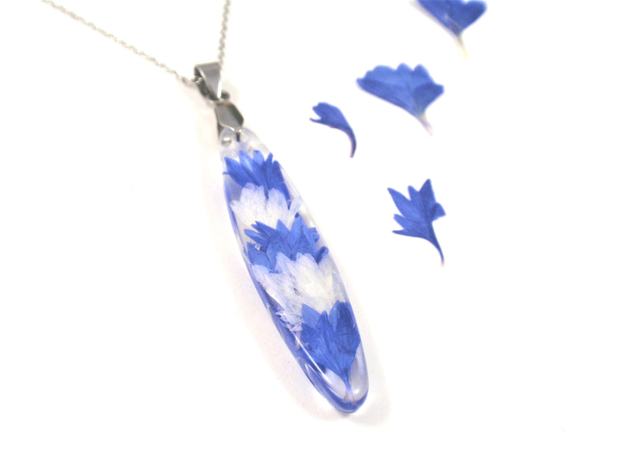 Real flower necklace, Pressed Flower Jewelry, Blue Cornflower Resin pendant