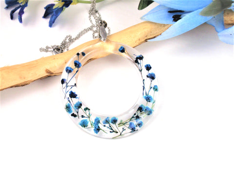 Blue babys breath flower hoop necklace