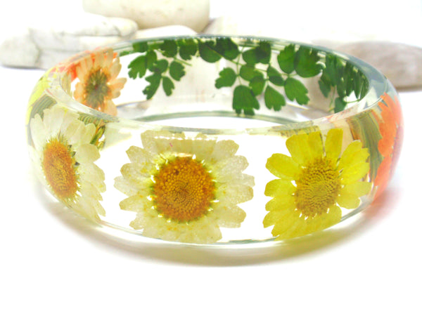 Daisy flowers bangle bracelet