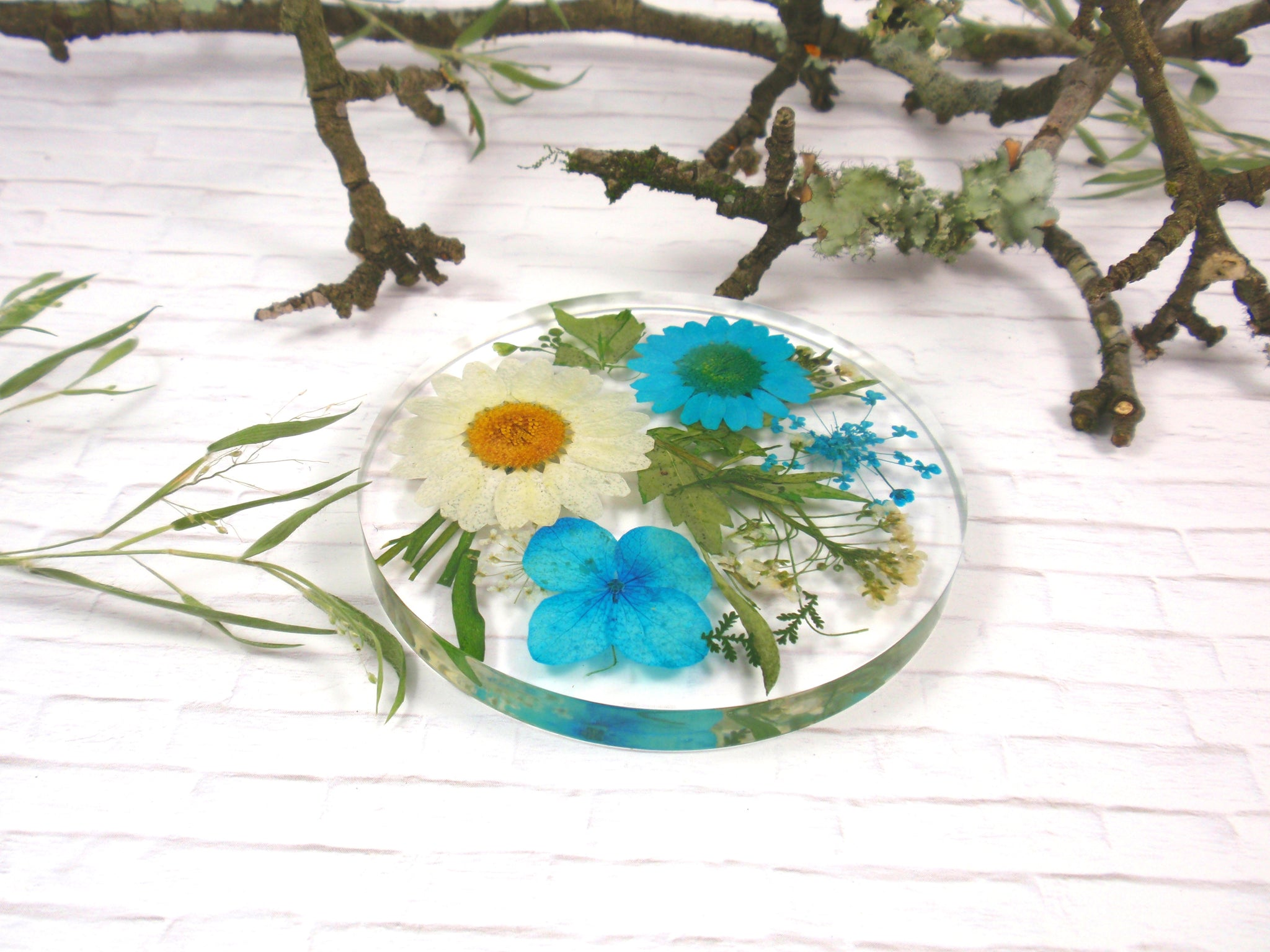 Real flower resin coaster drinkware housewarming gift