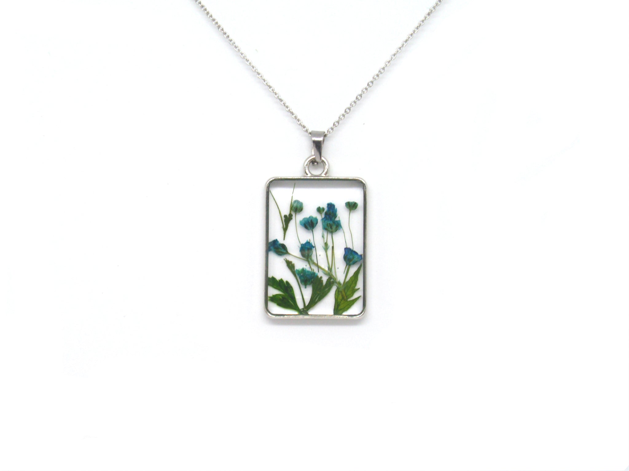 Babys breath flowers Rectangle necklace