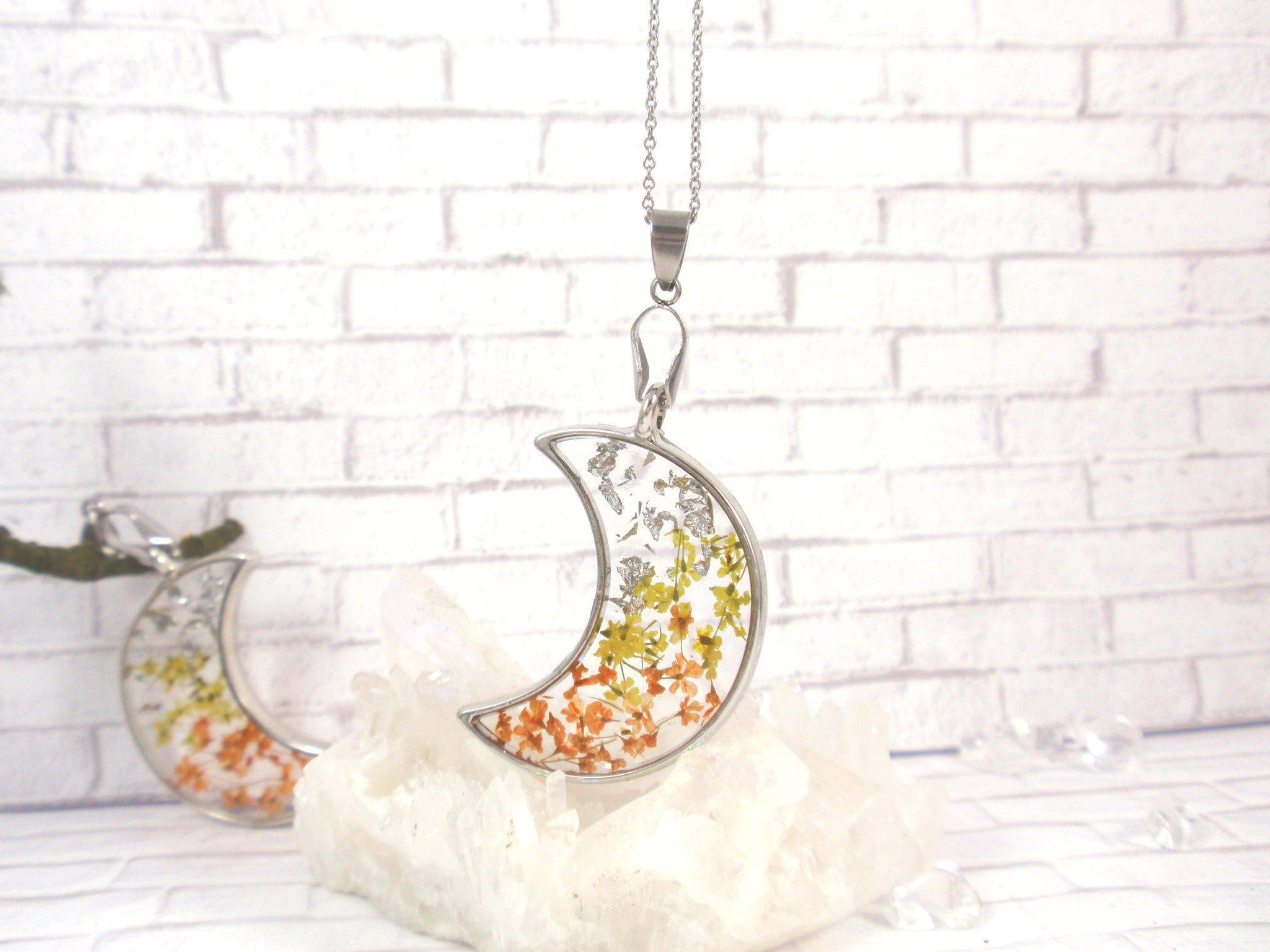 Real flower Crescent Moon Necklace