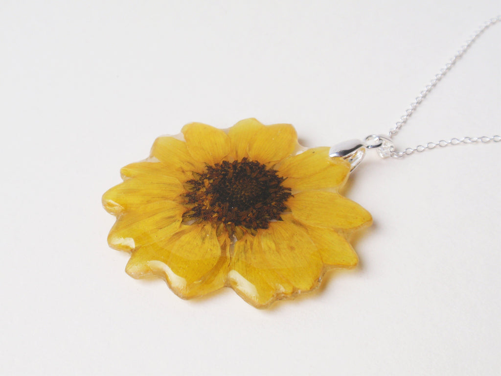 Real sunflower pendant necklace handmade pressed flower jewelry real sunflower pendant necklace handmade pressed flower jewelry aloadofball Gallery