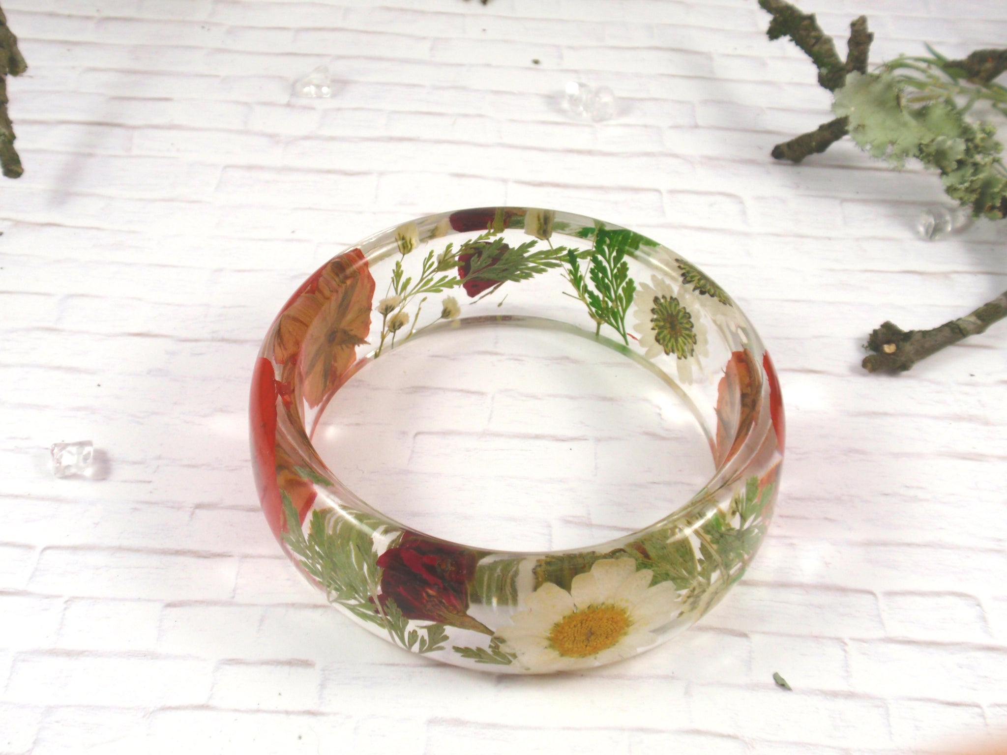 Red Rose and Daisy flowers bangle bracelet