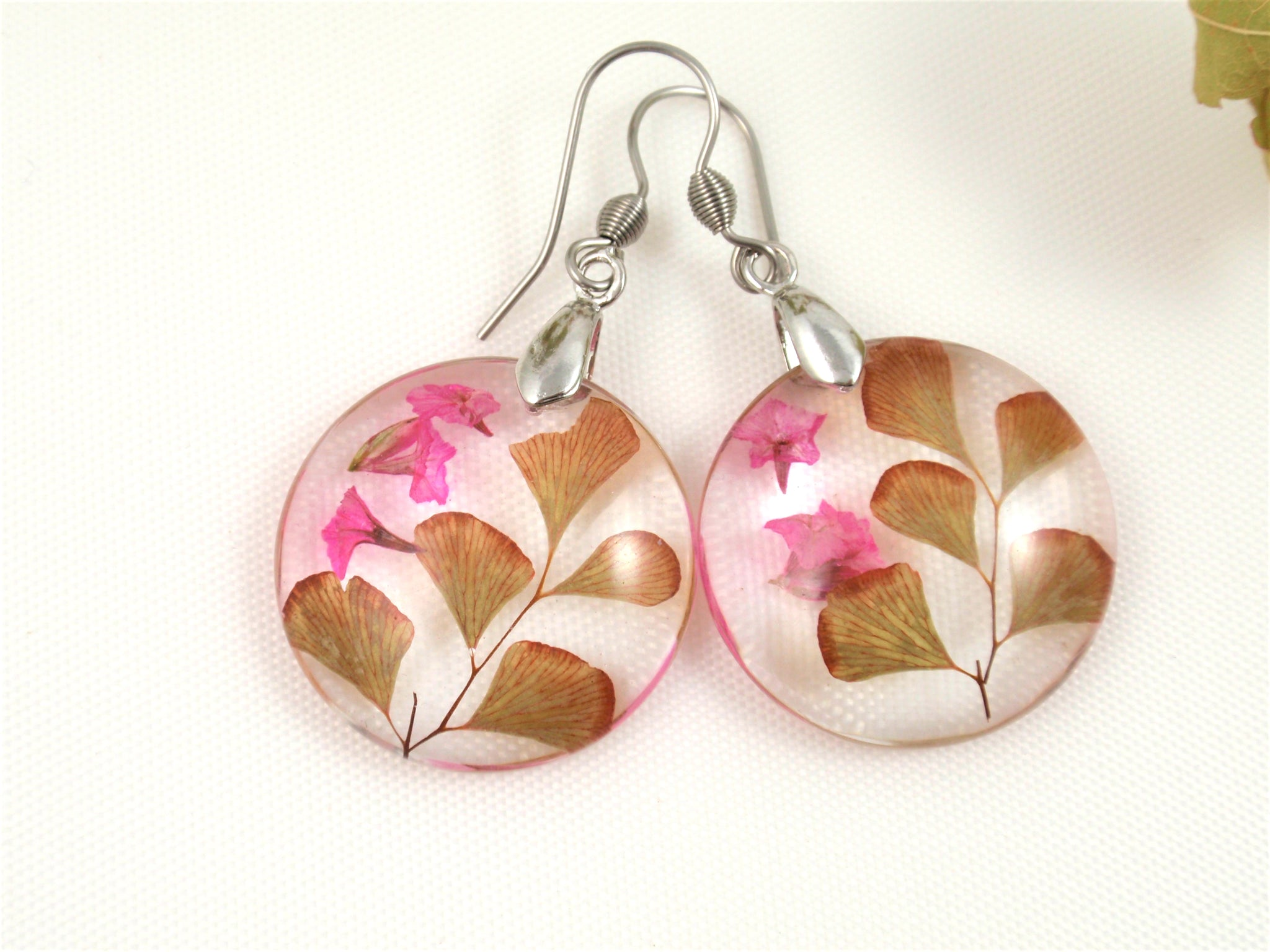 Customized earrings with your flowers, Custom Keepsakes