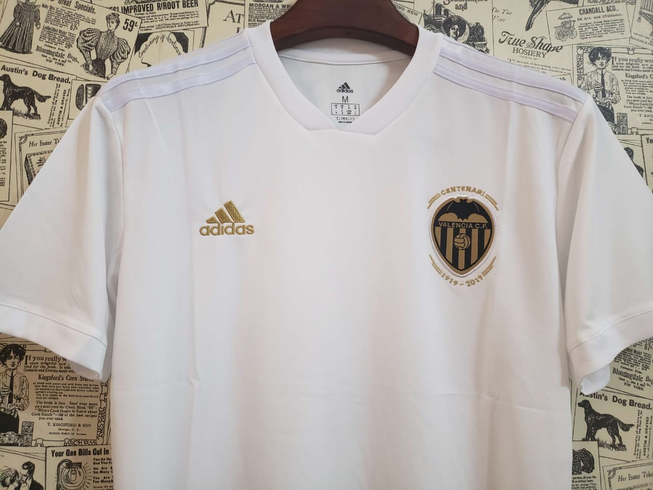 best loved 4bad2 54e02 Valencia Home Jersey 2018/19 Kit