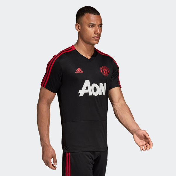 finest selection 977f3 dfd2f man united training jersey black/red 18/19