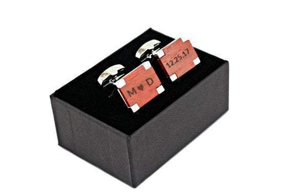 Engraved cufflink, wood cufflink, men cufflink
