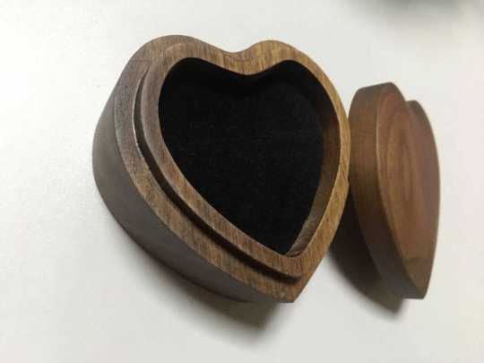 Love Heart Personalized Ring Box - Custom Wood Ring Box - Ring Bearer Box - Proposal Ring Box - Anniversary Gift - Wedding,