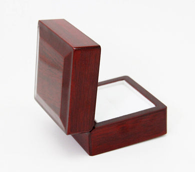 ELEGANT WOODEN RING DISPLAY BOX