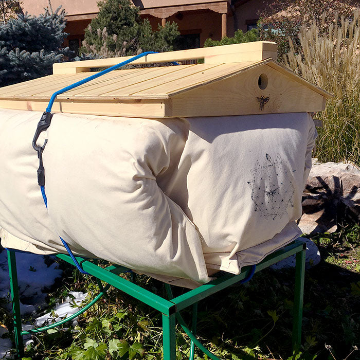 BeeHive Cozy Cover Insualtion Winterizing Your Bees