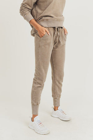Mineral-Wash Terry Joggers in Mushroom