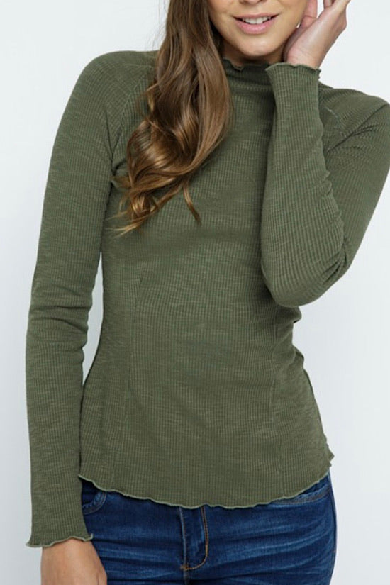 Olive Lettuce Edge Top