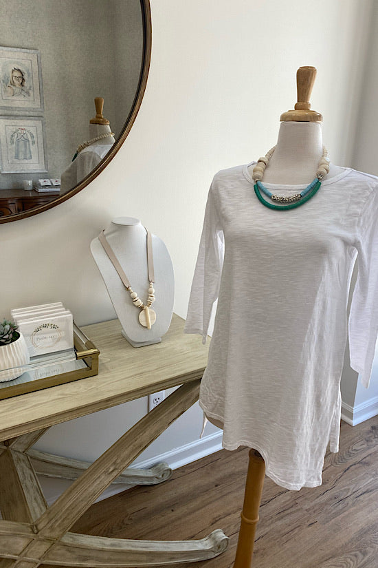 White 3/4 Sleeve Slanted Hem Tunic