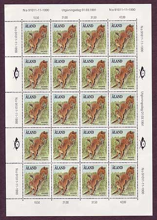 Aland sheet of 20 stamps showing Squirrels