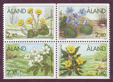 Aland block of 4 stamps showing 4 different spring flowers.