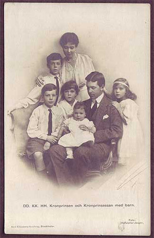 SW6006 Sweden  Crown Prince Gustaf and family. 1910