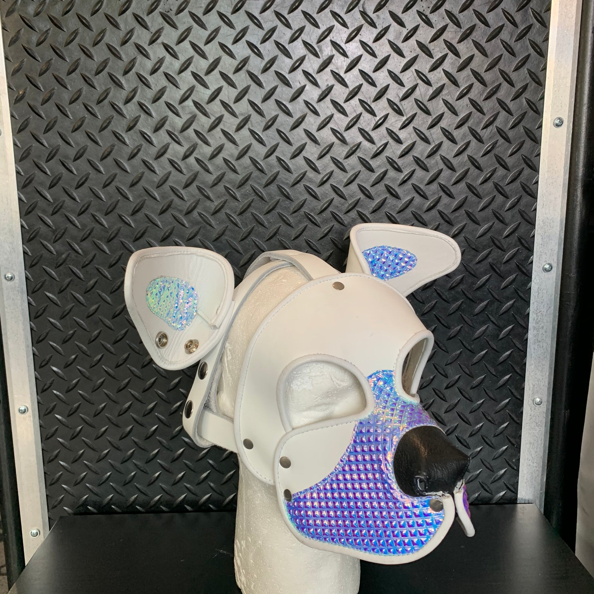 P&C CREATIONS PUP HOOD-HOLOGRAPHIC MULTI WHITE