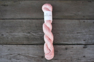 Grove Bamboo in Bubblegum Pink