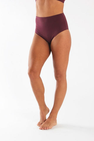High Waisted Pole Shorts - Burgundy