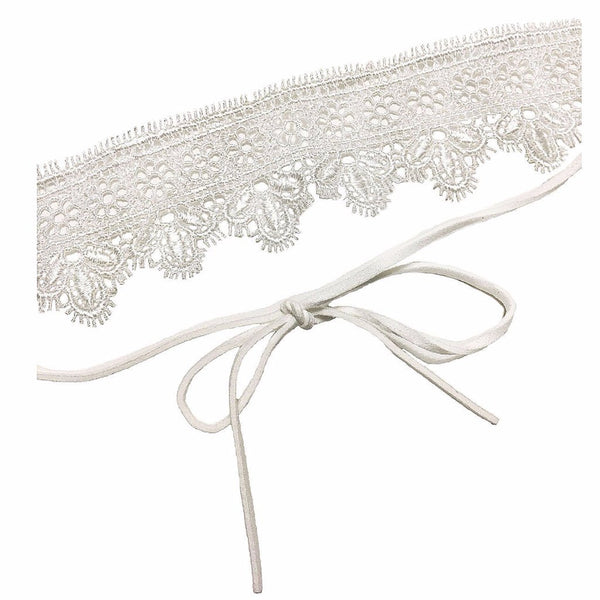 Scalloped White Lace Choker