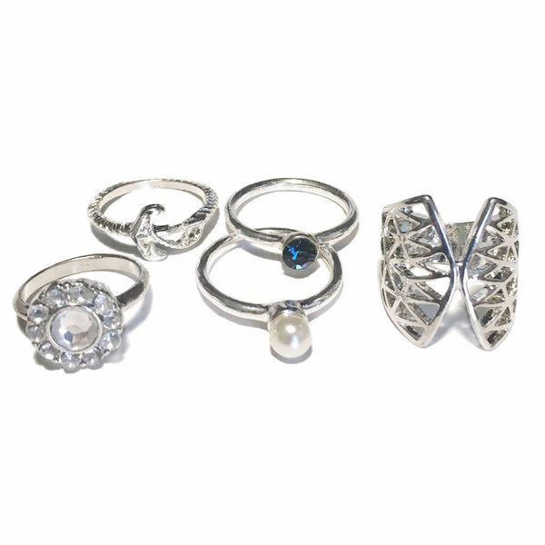Delicate Silver Themed Ring Set