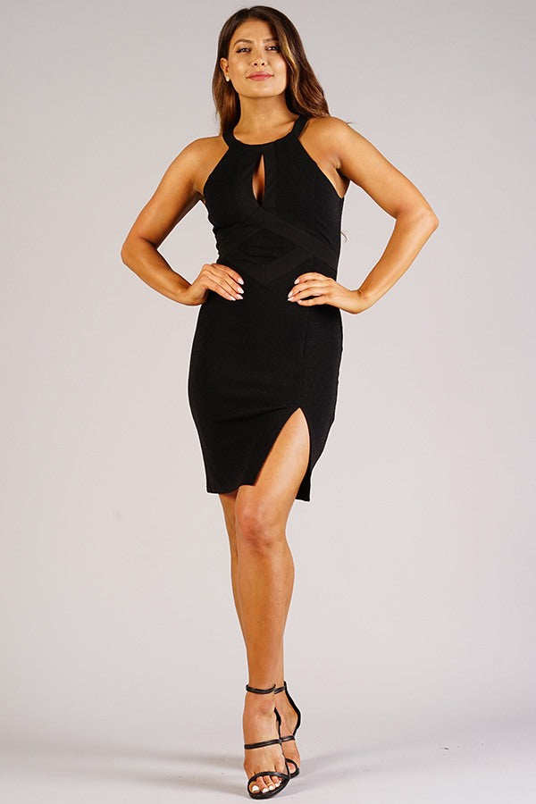 Sexy Holiday Halter Dress With Keyhole Detail - LordVincent's