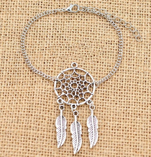 Silver Colored Dream Catcher Bracelet Chain Made of Zinc Alloy