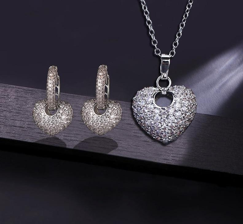 Asymmetrical Heart-shaped Jewelry Set