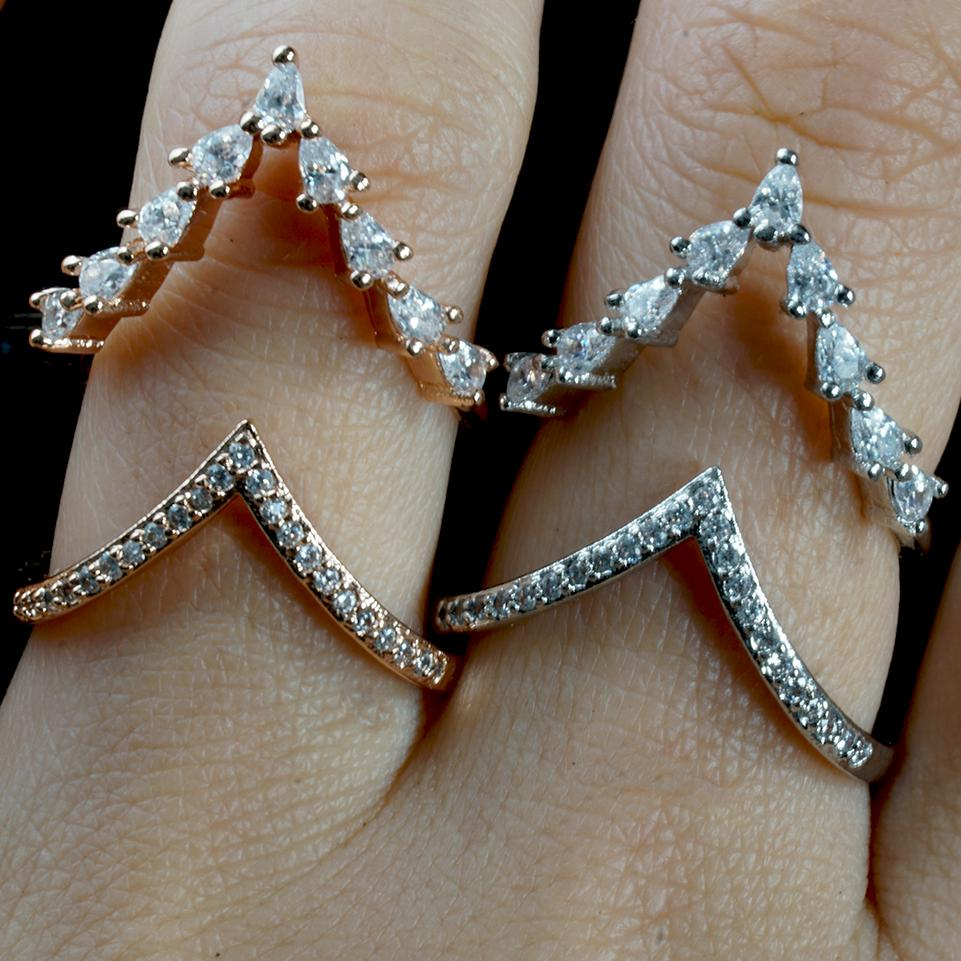 Aurora - Resizable Sparkling Hearts Ring - Fashion Arks