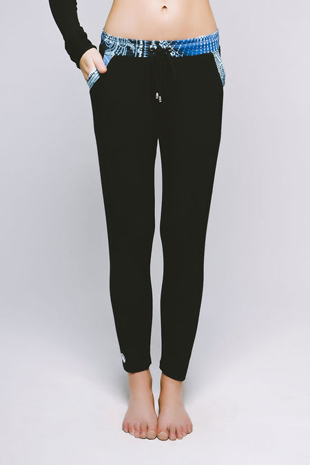 Essential Legging - Cool Cirebon Jet Black