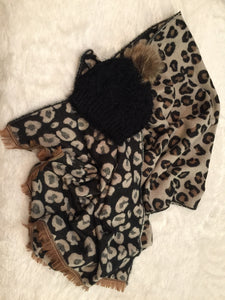 Double Sided Leopard Scarf