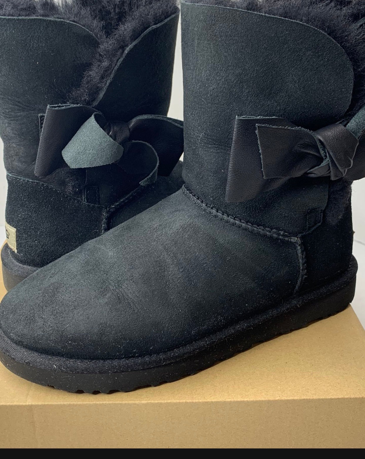 UGG Daelynn Black suede shearling mid calf boot Size 8 WORN ONCE