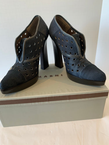 Marni grey calf hair ankle booties size 39 / 9