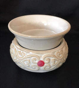 Swirl white ceramic melt warmer
