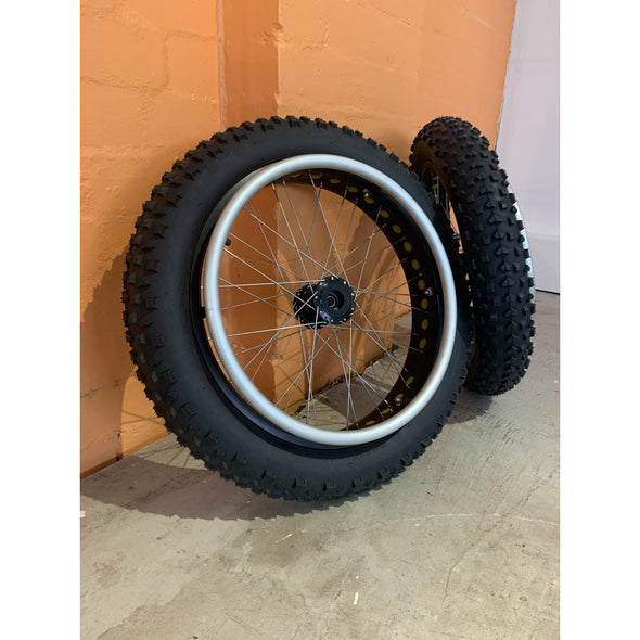 "Extreme Off-Road 20"" Wheels - Push Mobility"