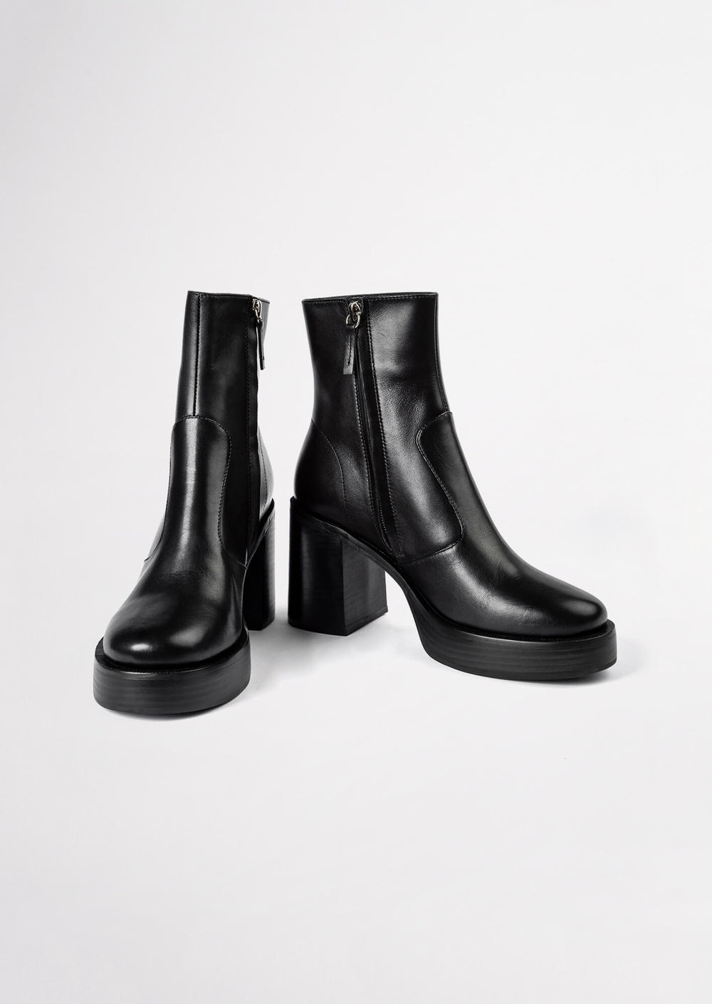 Thunder Black Como Ankle Boots