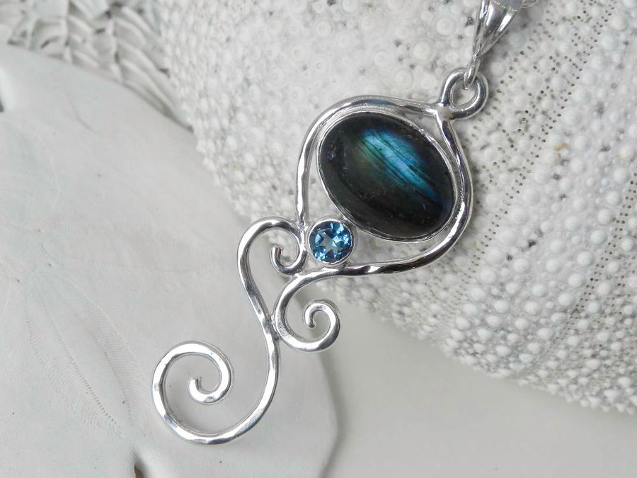 Labradorite Multi Swirl Pendant with London Blue Topaz