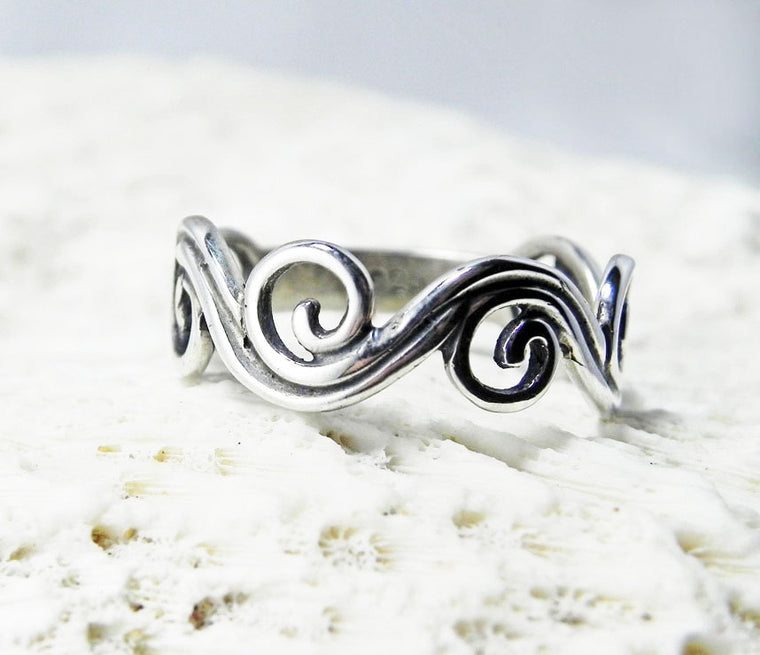 Sterling Silver Swirl Wave Detail Wedding Band