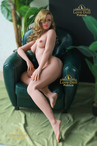 Bianca: Hot American Blonde