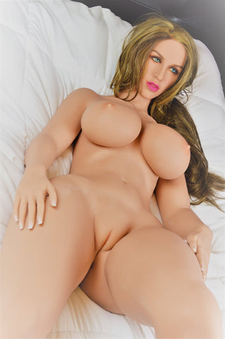 Valerie: Thick and Dirty Blonde