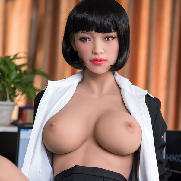 Ling: Sexy Asian Secretary