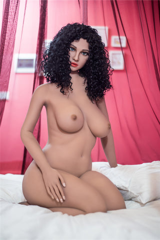Valentina: Curly Haired Italian Slut