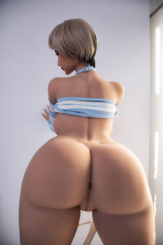 Elodie: Ass Heaven