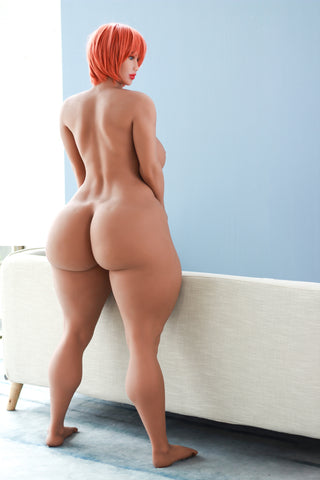 Jolly: Redhead with the Biggest Booty