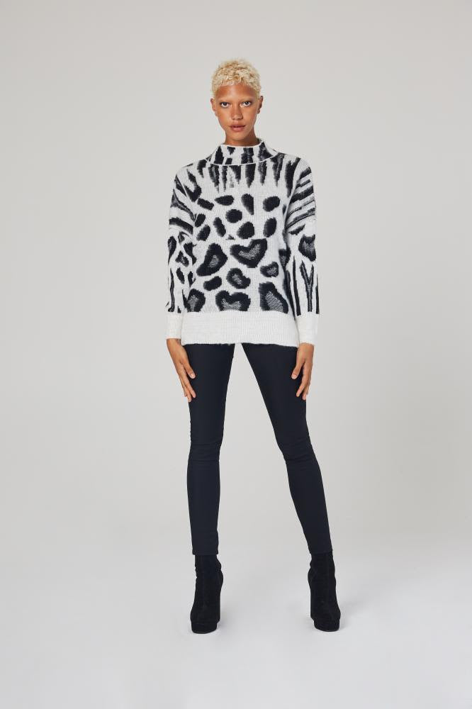 White Closet - Animal Knit