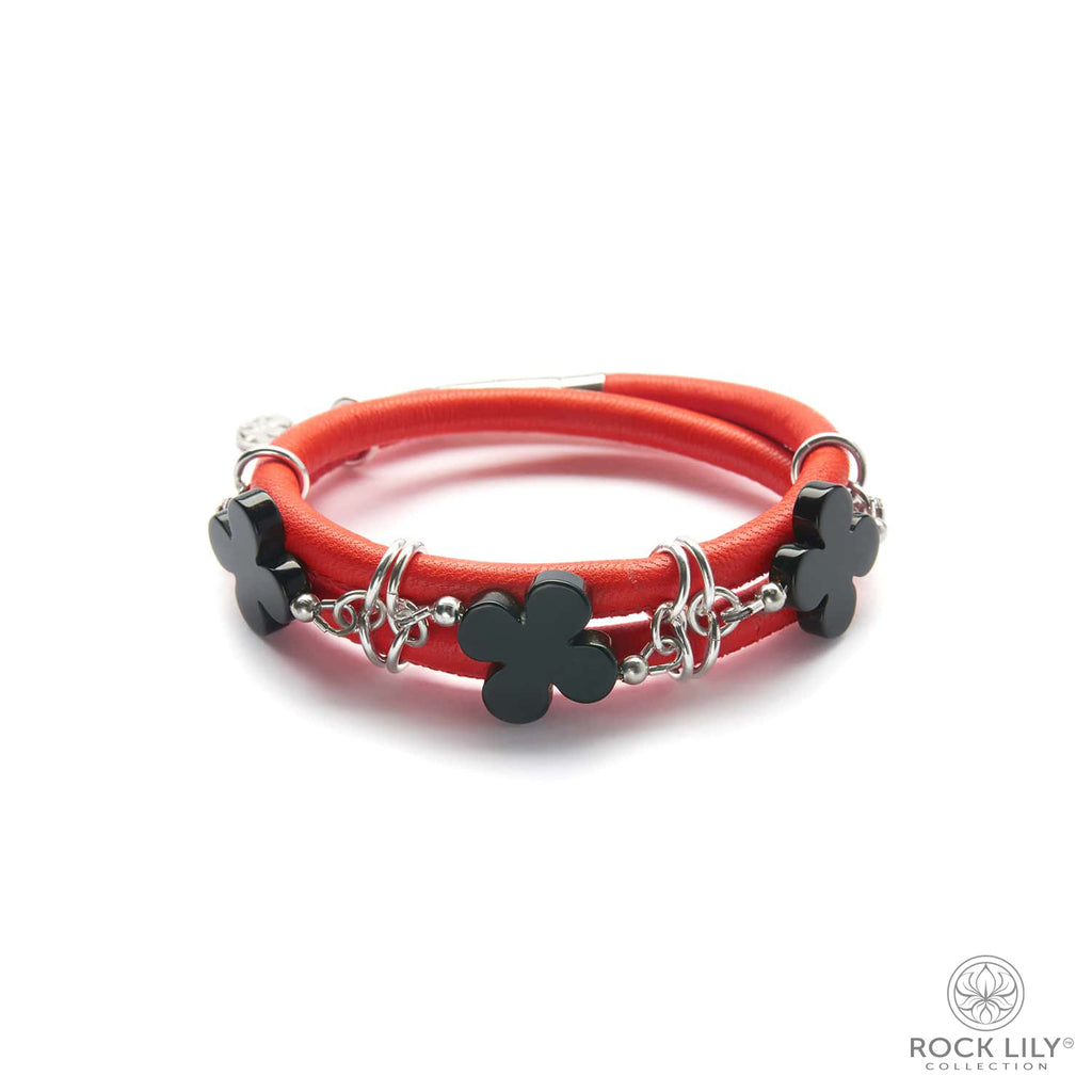 Swirl Double – Wrap Bracelet Orange with Black Agate Clovers in Silver