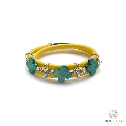 Swirl Double – Wrap Bracelet Turquoise with White Agate Clovers in Silver